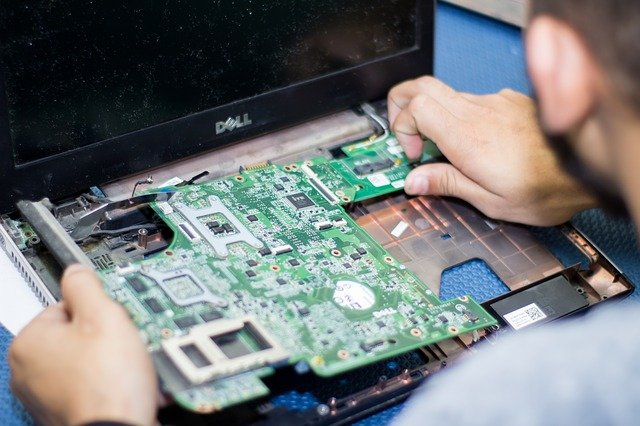 Is India Replacing China in Manufacturing of Electronics